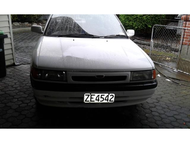 Mazda familia 1994
