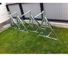 Stock crate / silage bin stands